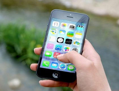 Using messaging apps on iPhone