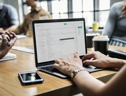 Working on Startup's online marketing plan