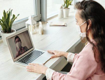 A women using laptop for video shopping